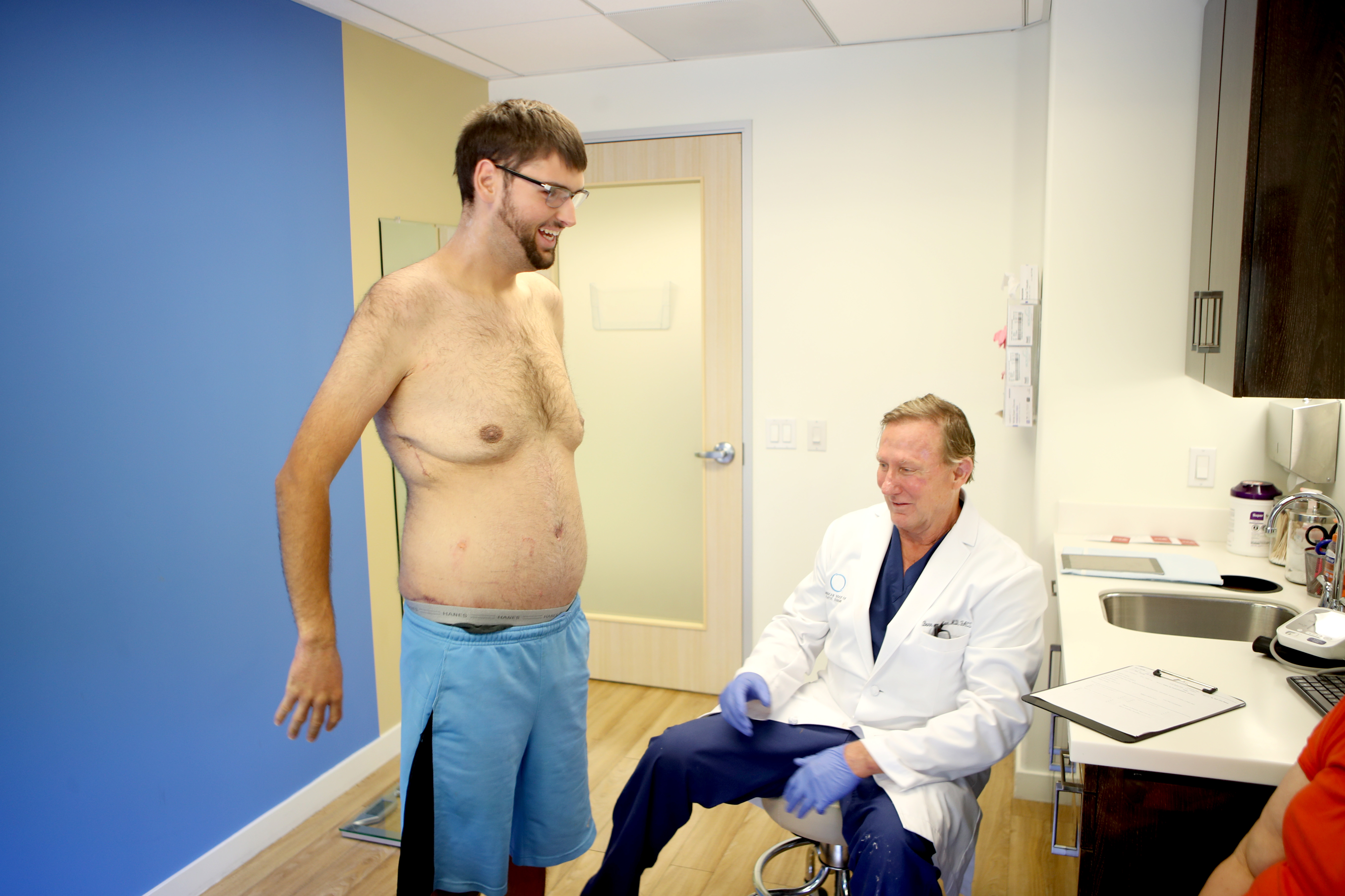 jacob eliot weight loss the doctors skin removal cosmeticare dr. niccole